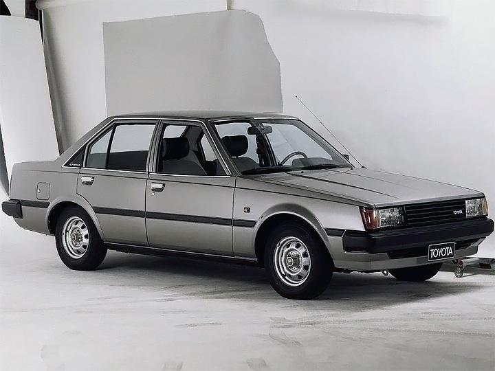 Toyota Carina 3
