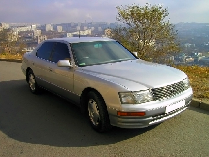 Toyota Celsior 2